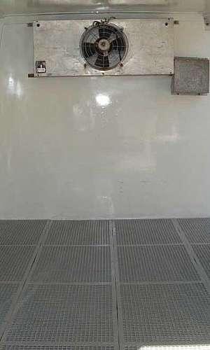 piso para forrar caminhão
